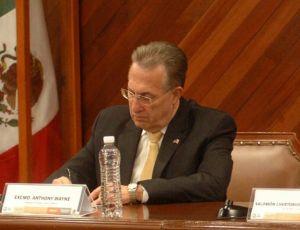 Promueve embajador cooperación transfronteriza