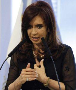 Presidenta de Argentina en reposo por hipotensión
