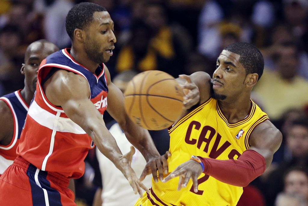 Irving anota 29; Cavaliers vencen a Wizards
