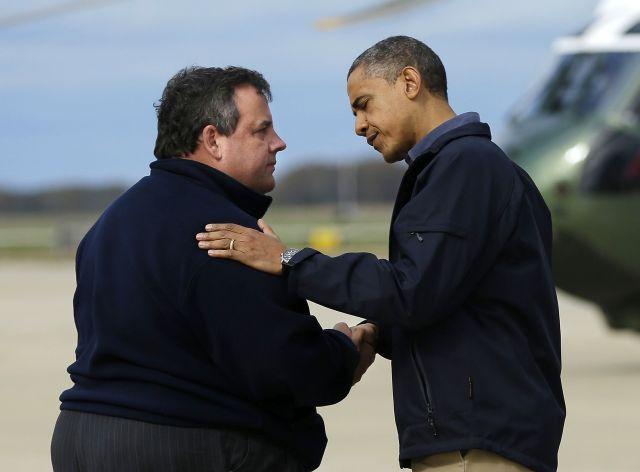 Obama sobrevuela con Christie zonas afectadas por Sandy