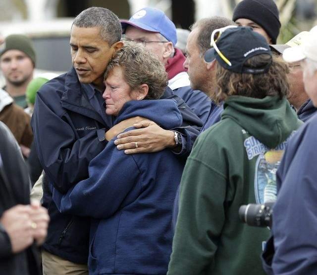 Obama promete a víctimas de Sandy que no los olvidará (Fotos)