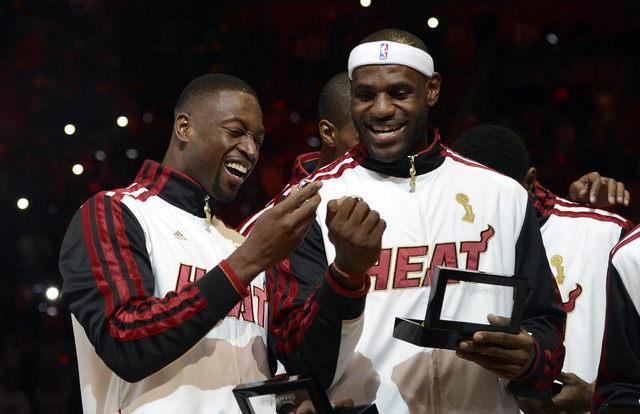 Heat  de Miami celebra título con victoria