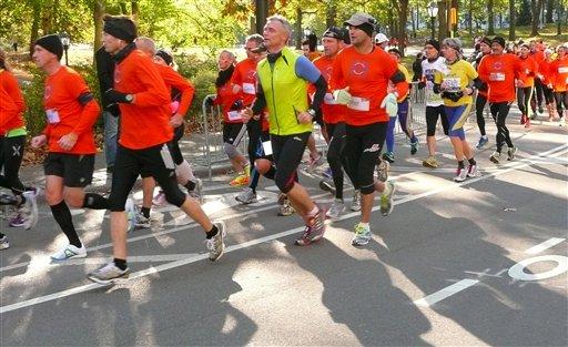 Corren Maratón de NY pese a su cancelación (fotos)