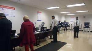 Advierten sobre intención de suprimir voto latino en Illinois