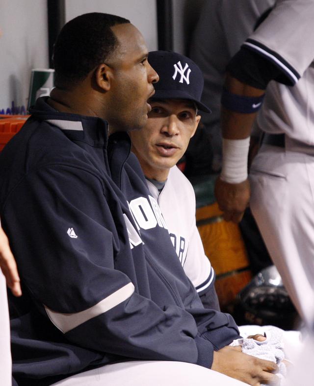 Yankees recogen donaciones