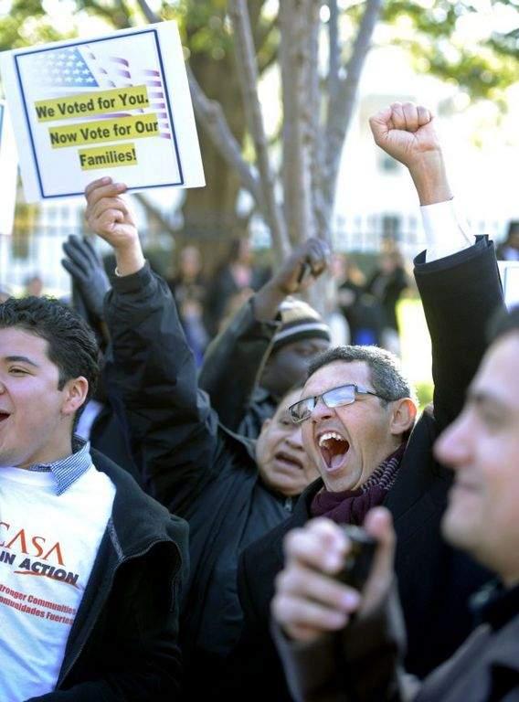 Activistas urgen a avanzar en la reforma migratoria en Washington