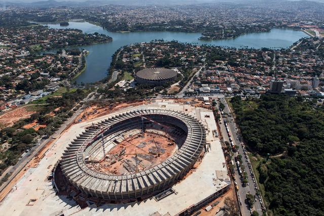 FIFA da el sí a Brasil con reservas