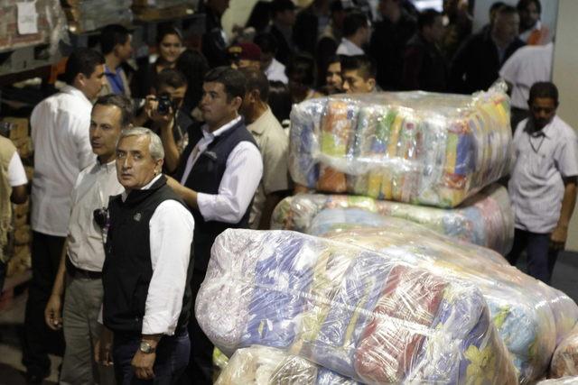 Suben a 44 los  muertos por sismo