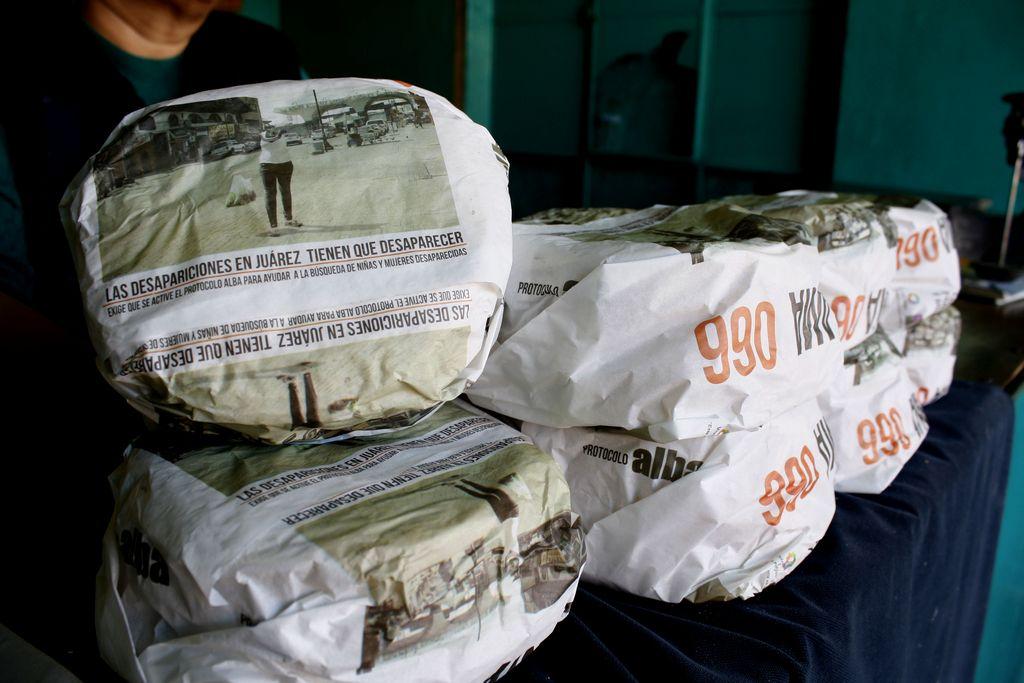 Usan envolturas de tortillas para buscar desaparecidos en Juárez
