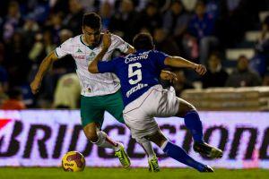 Sebastián Maz libra el castigo pedido por Cruz Azul