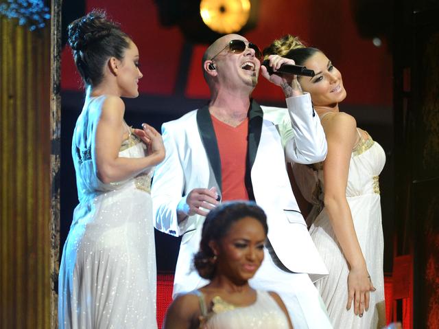 Estrellas se lucen en Latin Grammy
