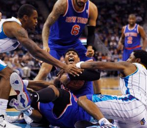 Los Knicks vencen a Hornets y Anthony brilla (Fotos)