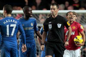 Liga Premier: exoneran a árbitro de acusaciones de racismo