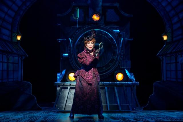 Chita Rivera regresa triunfal a Broadway