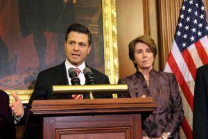 Pelosi y Peña Nieto reiteran alianza México y EE.UU.