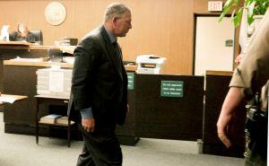 Dykstra sentenciado a cárcel por fraude