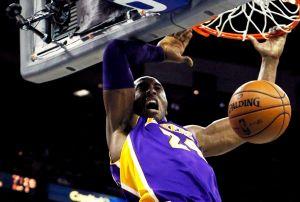 Kobe Bryant alcanza marca de 30,000 puntos en la NBA