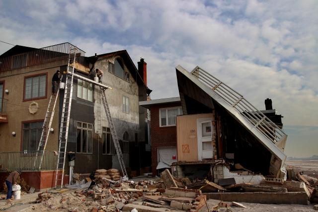 Protestan por lenta ayuda a afectados por Sandy (Fotos)