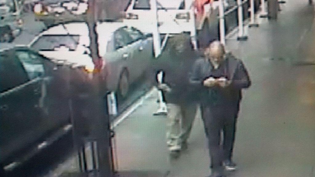 Hallan en Queens auto en que huyó asesino de la calle 58