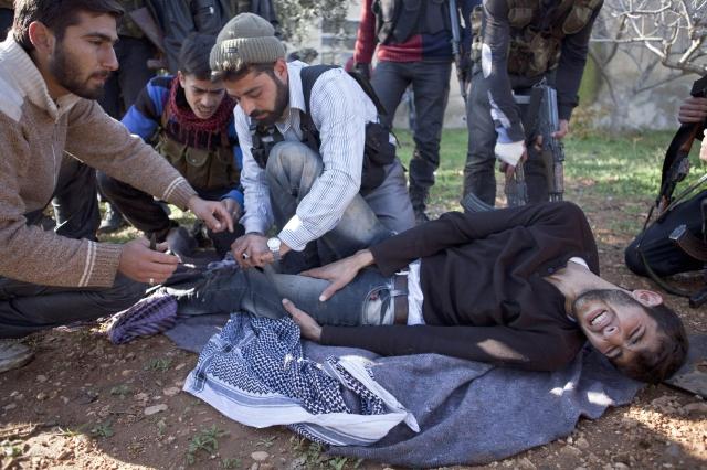 Rebeldes sirios toman base castrense