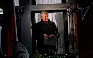 Assange anuncia que WikiLeaks publicará un millón de documentos en 2013