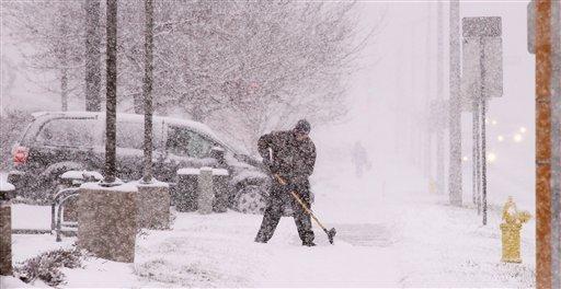 Deja 3 muertos la primera nevada en centro norte de EE.UU.