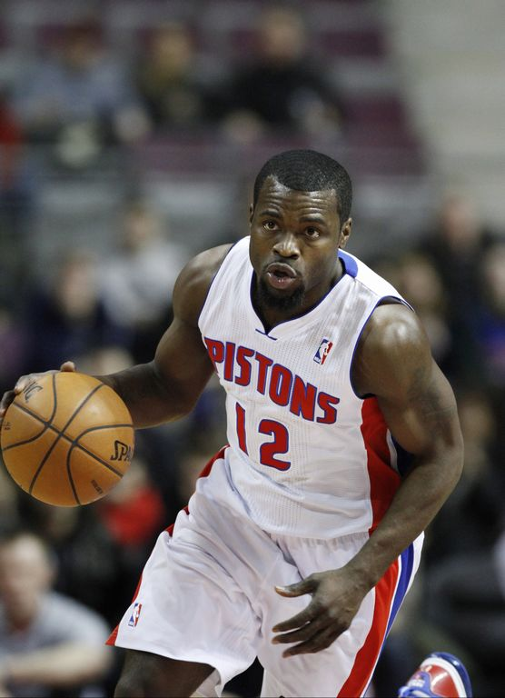 Pistons apalean 100-68 a Wizards (Fotos)
