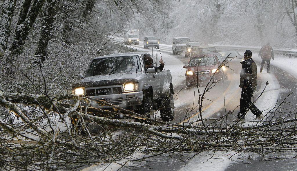 Tormenta de nieve en EE.UU. deja al menos ocho muertos