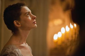 'Les Miserables': fiel adaptación del musical teatral (video)