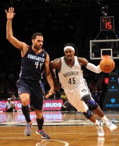 Nets propinan a Bobcats su derrota 17 consecutiva (Fotos)