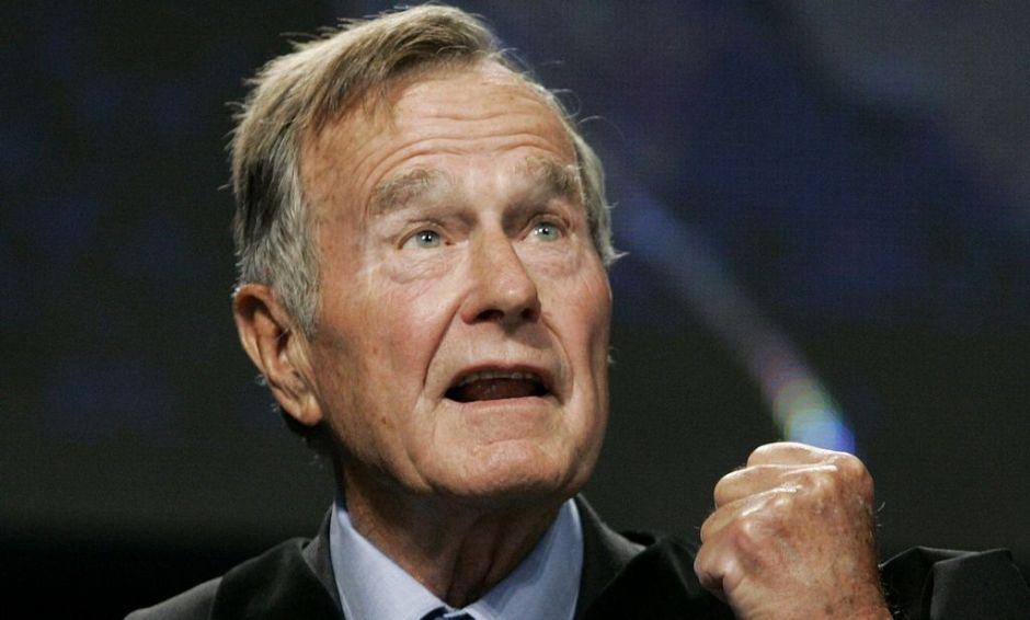 Revista alemana da por muerto al expresidente Bush