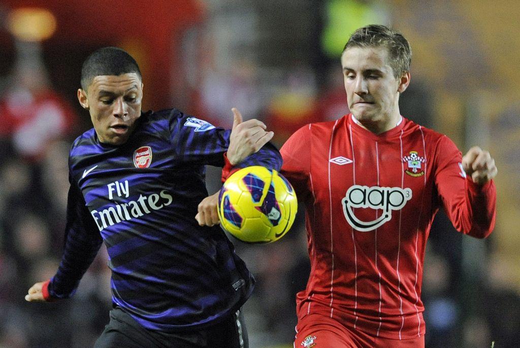 Obtiene Arsenal pobre empate frente al Southampton (Fotos)