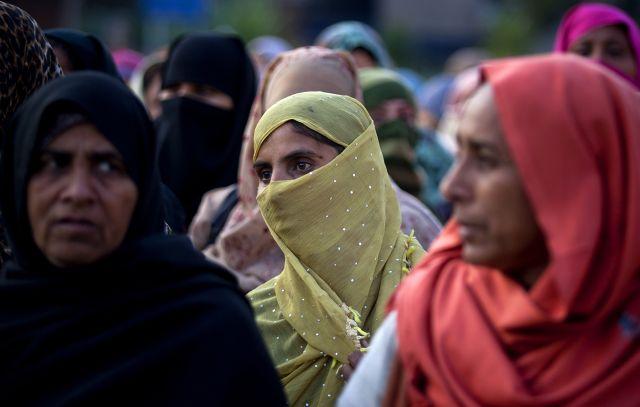 Niña de 9 años está grave tras ser violada en Pakistán