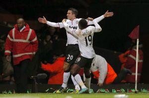Van Persie salva al ManU en la FA Cup; 2-2 con West Ham (Fotos)