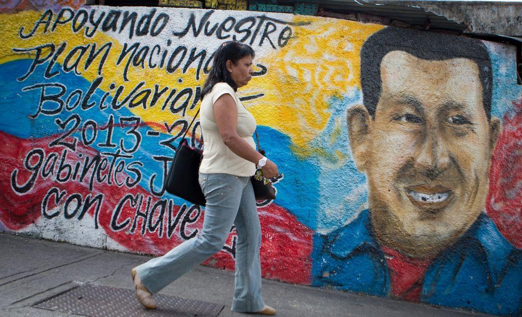 EE.UU. busca renovar relación con Venezuela