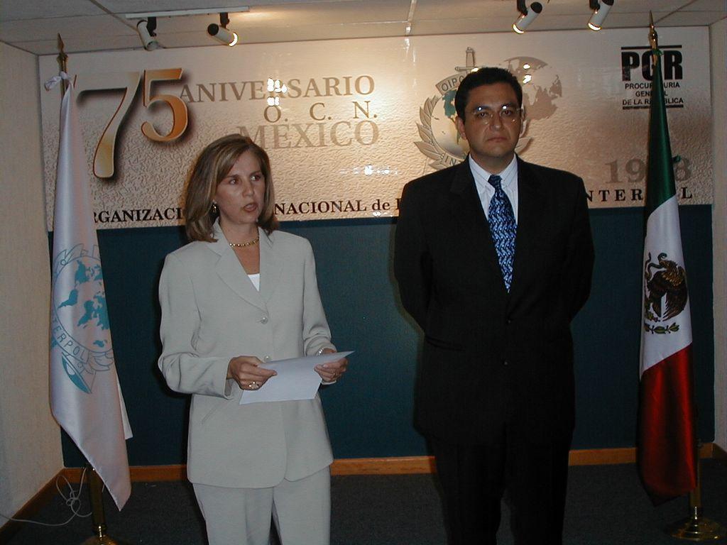 Liberan de la cárcel al exdirector de la Interpol en México