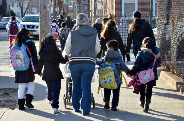 Estudio: Minorías de NY tienen los peores maestros
