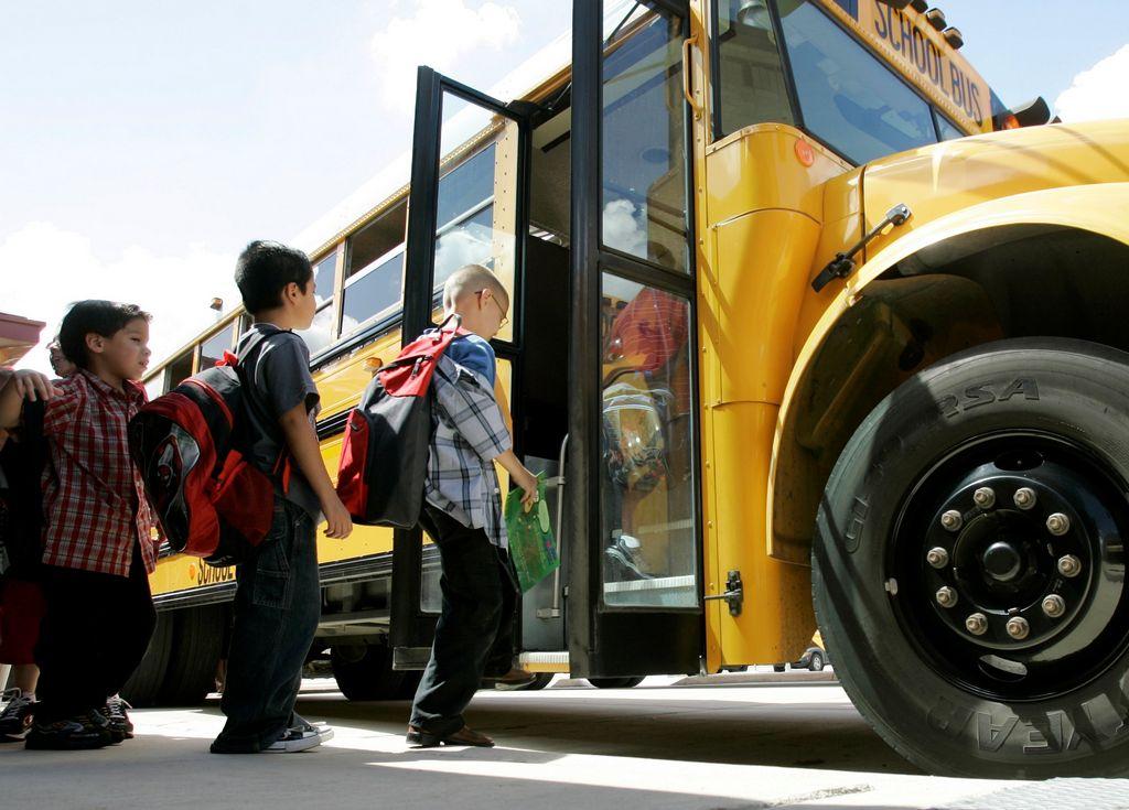 Dan luz verde a huelga de buses escolares en Nueva York