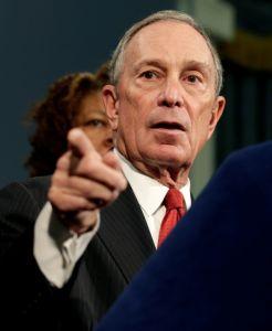 Bloomberg dispara contra NRA