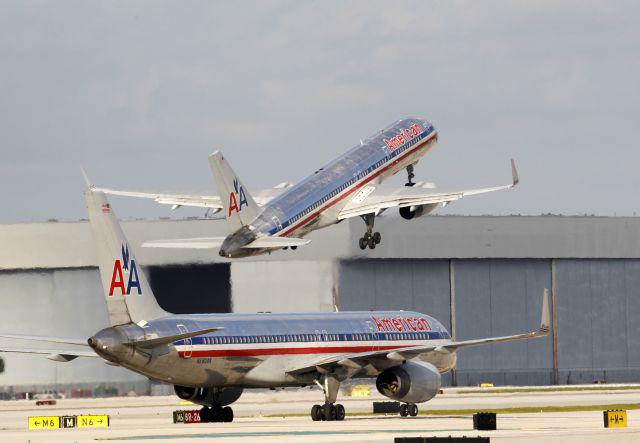 American Airlines asegura que se está levantando de la quiebra