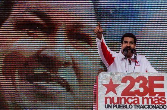 Maduro vuelve a Cuba para visitar a Chávez (Fotos)