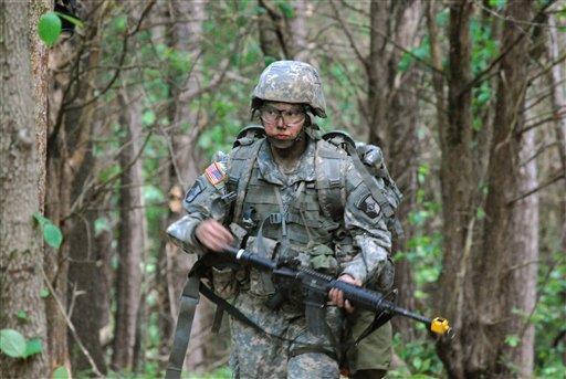 EE.UU. permitirá que mujeres sirvan en frente de batalla