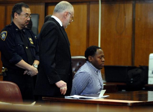 Posponen sentencia a    violador confeso