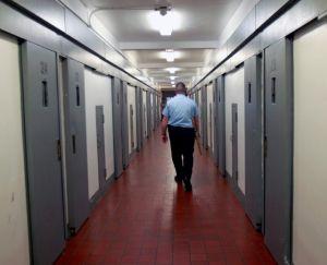 La violencia institucionalizada en las cárceles de Nueva York al banquillo