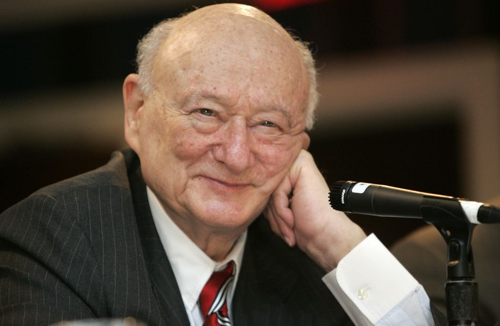 Bloomberg y Bill Clinton despedirán a Ed Koch