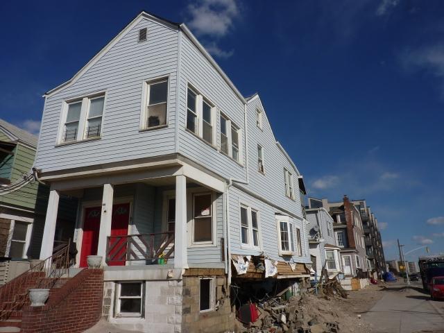 Desamparados tras Sandy piden vivienda