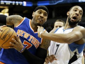 Carmelo impulsa a los Knicks para vencer a Wolves (Fotos)