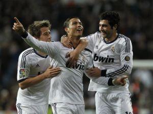 Real Madrid vapulea 4-1 al Sevilla con triplete de CR7 (Fotos)