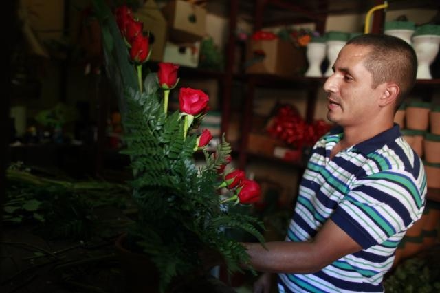 Flores y dulces para San Valentín