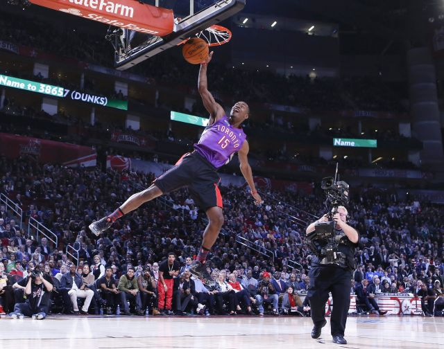 Épico duelo aéreo de NBA en el Toyota Center de Houston